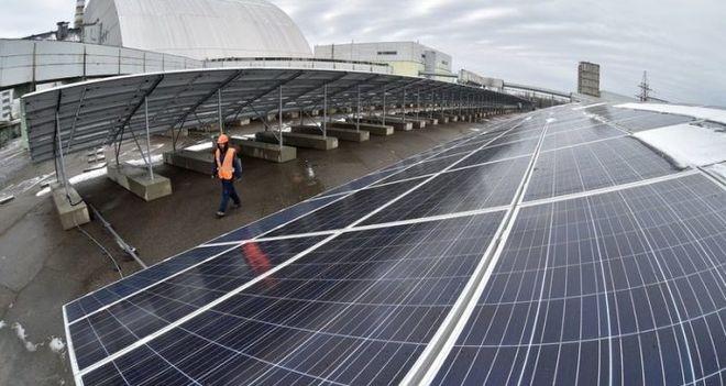 В Чернобыле достроили уникальную солнечную электростанцию