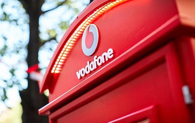 Vodafone продолжит взимать абонплату с жителей оккупированных территорий