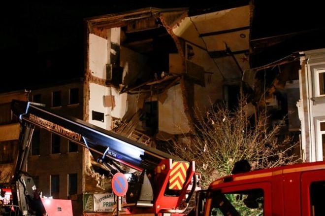 В Бельгии взорвался жилой дом, десятки пострадавших