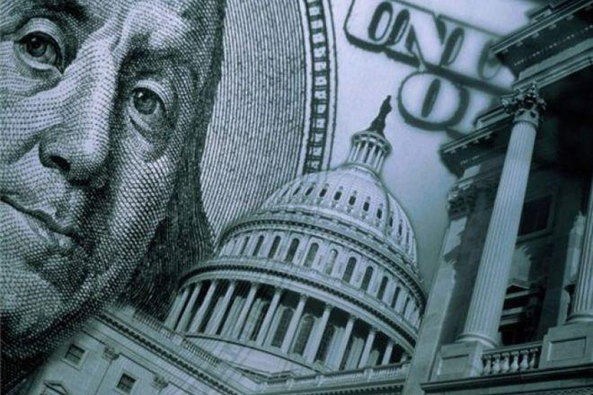 Бюджетные депозиты в валюте связали с новой коррупционной схемой