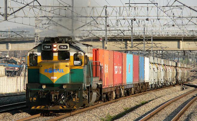 Украина будет сильнее следить за контейнерными перевозками