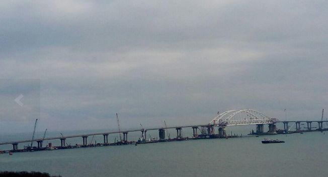 В сеть слили новые снимки строительства Крымского моста