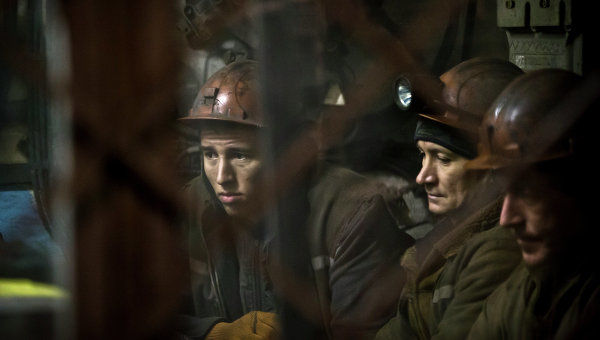 Донецким шахтерам не платят зарплату, они бастуют и готовят протесты