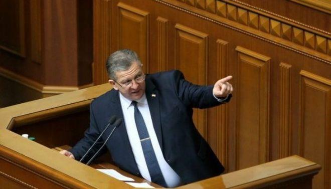 Украинцам рассказали, за счет чего будут повышать пенсии