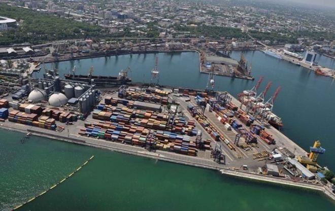 В Украине начали действовать сниженные ставки портовых сборов