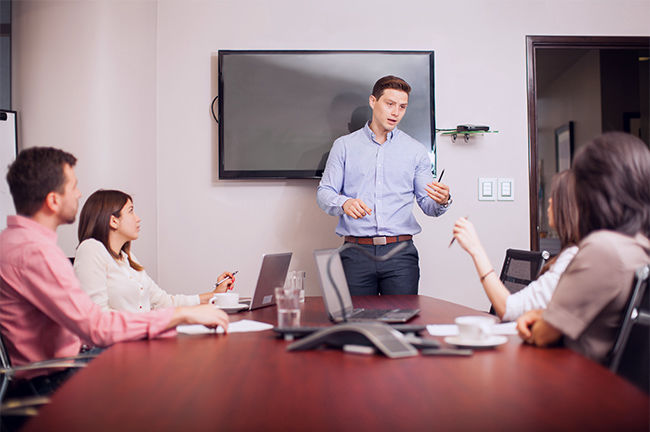 Украинские предприниматели не доверяют топ-менеджерам