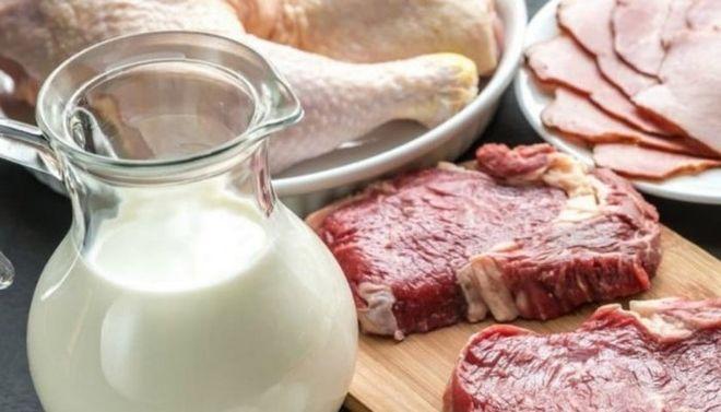 Украинцев готовят к подорожанию мяса и молока