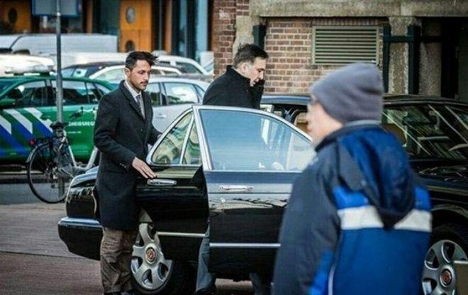 Саакашвили разъезжает по Амстердаму на Bentley