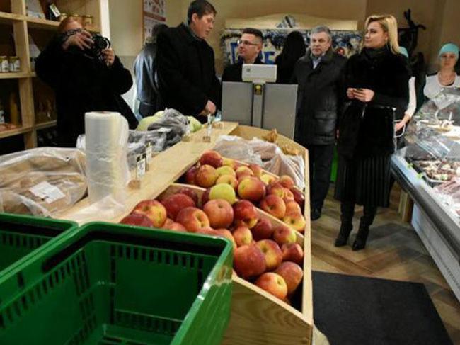 Первый в Украине агрорекреационный кластер открыл магазин