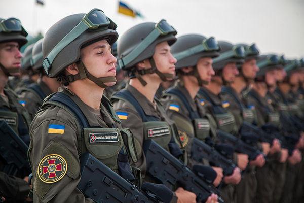 Улицы Киева охраняют усиленные патрули
