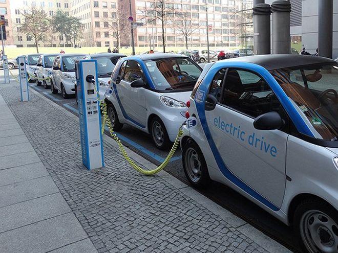 Когда электромобили станут дешевле автомобилей