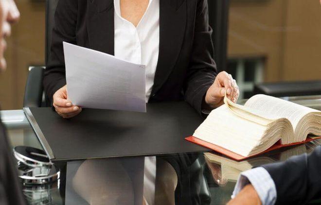 Услуги адвоката по долгам