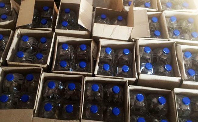 Ядовитая настойка: под видом омывателей в Украину поставляется опасный российский спирт