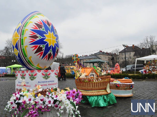 В Ужгороде к Пасхе установили национальный рекорд Украины