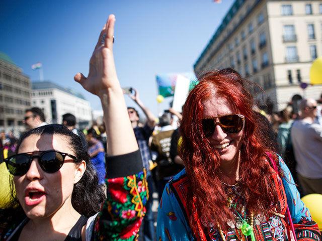 В Берлине открылся первый цыганский фестиваль