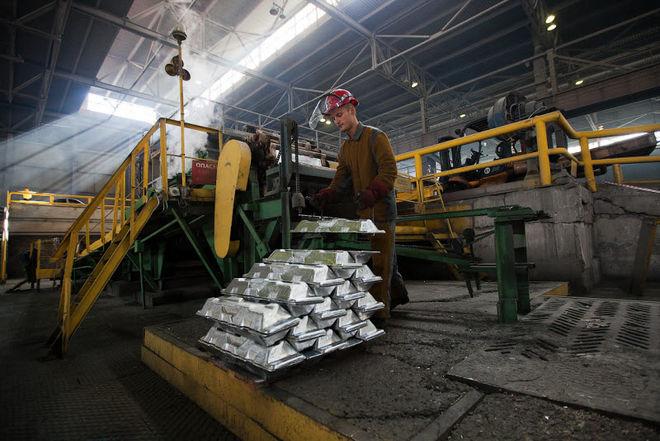 """Цена на алюминий побила 30-летний рекорд из-за санкций против """"РусАла"""""""