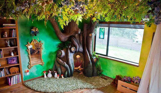 Американский суперпапа создал «волшебное» дерево в спальне дочери