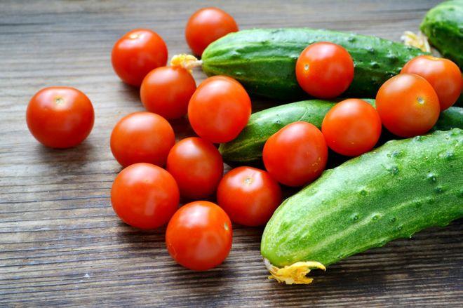 В Украине подорожали огурцы и подешевели помидоры