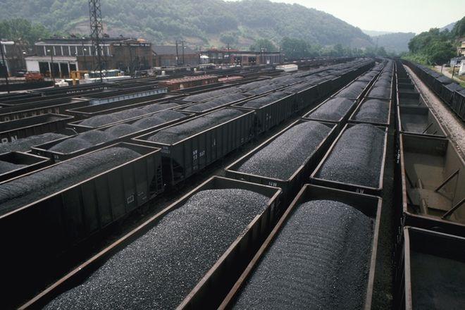 Украина продолжает закупать российский уголь через европейских посредников