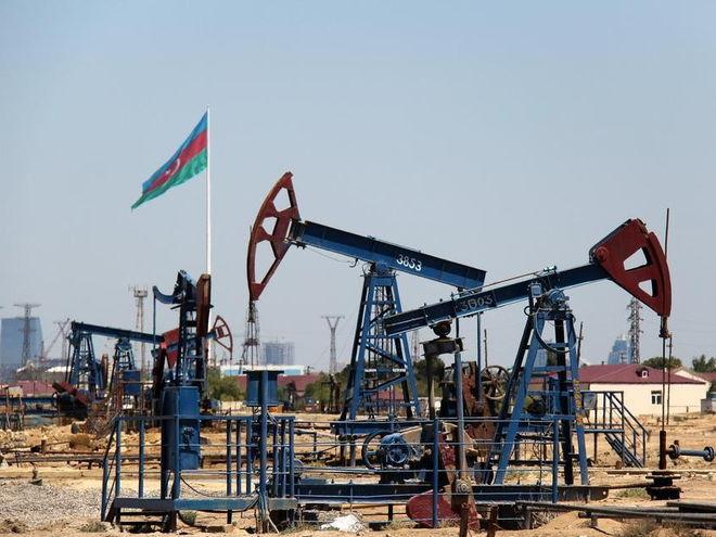 Азербайджан остается крупнейшим поставщиком нефти в Украину