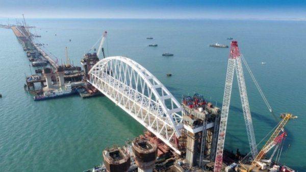 Украина готовит санкции для российских компаний-строителей Керченского моста