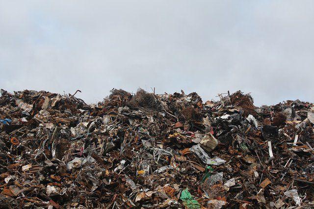 Как выглядят крупнейшие мусорные свалки мира