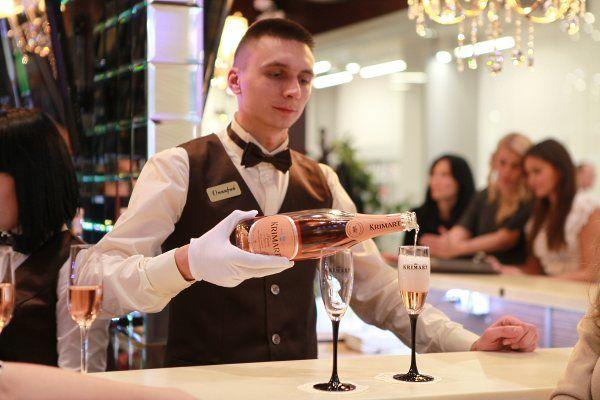 В Украину пришла мода на шампань-бары