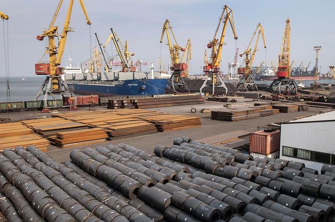 Морпорты Украины резко увеличили перевалку импортной нефти