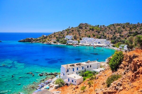 Ryanair закрывает свою базу на острове Крит
