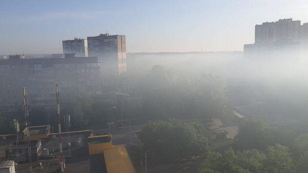 Крупный жилмассив Киева затянуло густым дымом