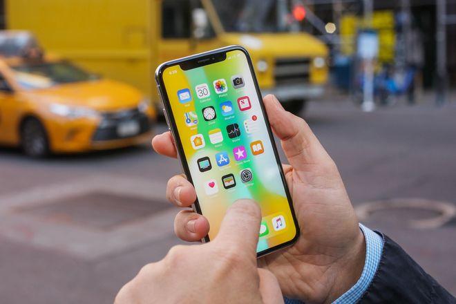 Названы самые продаваемые смартфоны с начала 2018 года