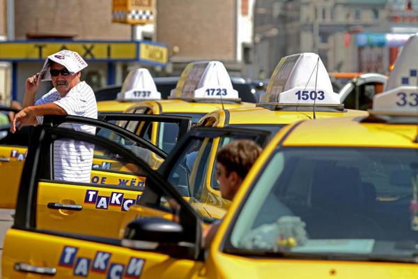 Таксистам придется платить огромные штрафы, - решение суда