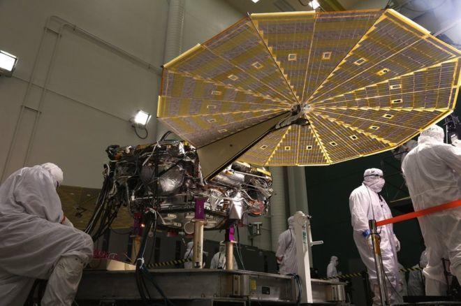 NASA начала историческую миссию на Марсе