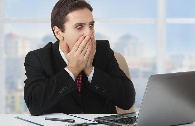 """Безупречная подделка: украинцам вовсю продают компьютеры с """"липовой"""" Windows"""