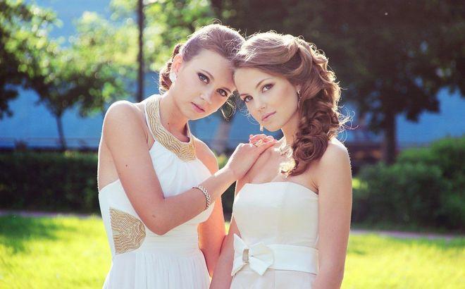Прикрывают щиколотки: почем оденутся украинские выпускницы в этом году