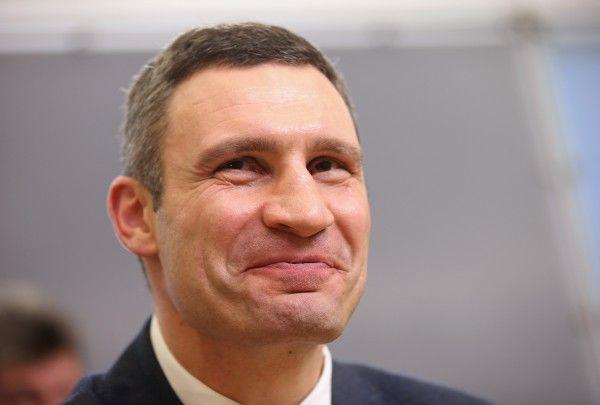 Кабмин увеличил оклад киевскому мэру