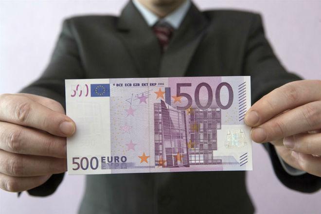 За что трейдеры валят курс евро и что с ним будет дальше