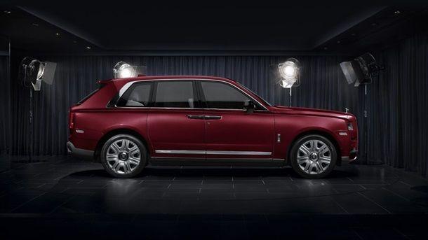 Rolls-Royce представила роскошный кроссовер
