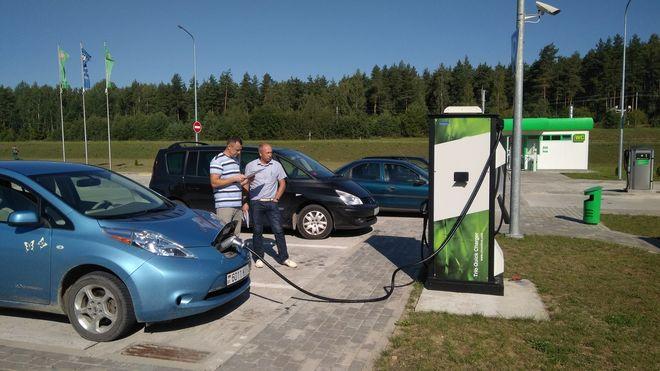 Украинцы дали толчок бизнесу на станциях зарядки электромобилей