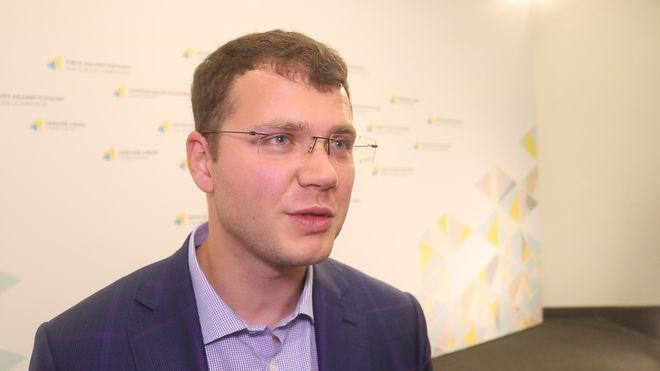 Дело в чипе: в Украине изменят формат водительских прав и техпаспортов