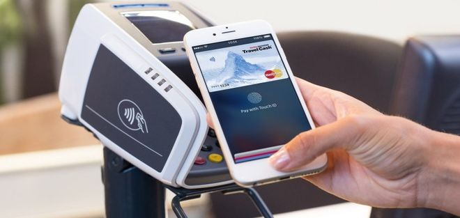 Догнать Google: в Украине заработал Apple Pay - фото
