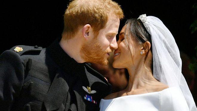 Королевская свадьба: британский принц Гарри обвенчался с актрисой Меган Маркл