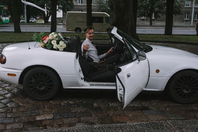 Эстонский фотограф ради экономии сама сняла свою свадьбу на камеру