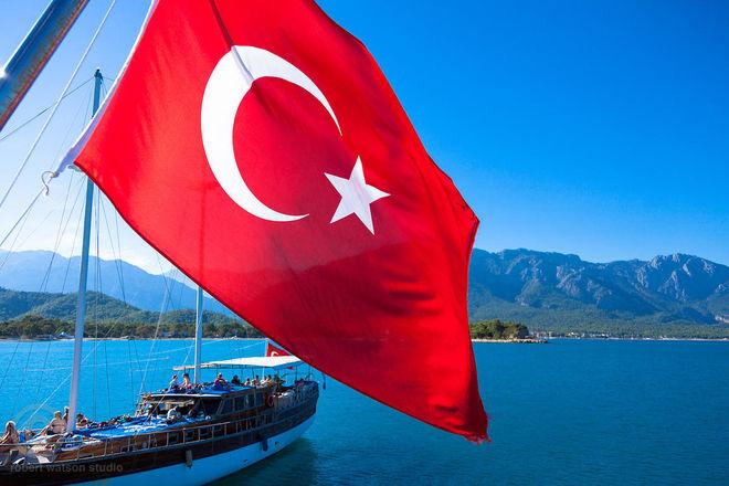Турецкие отели взвинтили цены, а их конкуренты борются за внимание украинцев