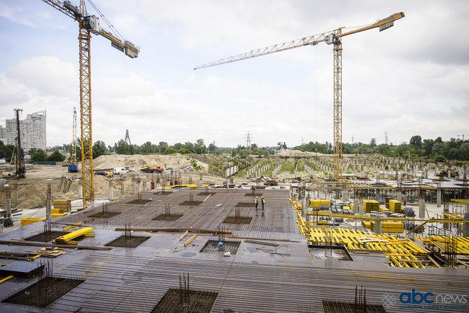 Как в Киеве строят крупнейший ТРЦ