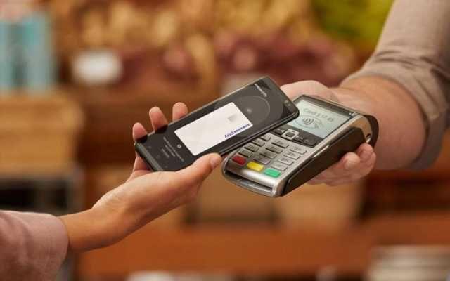 Ощадбанк запустит Apple Pay до конца лета