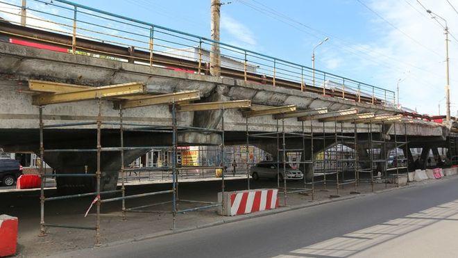 Шулявский мост не перекроют: реконструкция откладывается на неопределенный срок