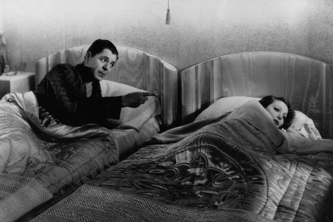 Как раньше в Голливуде снимали постельные сцены