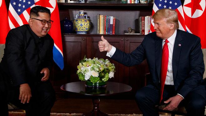 Белый дом опубликовал лучшие фото исторической встречи Трампа и Ким Чен Ына