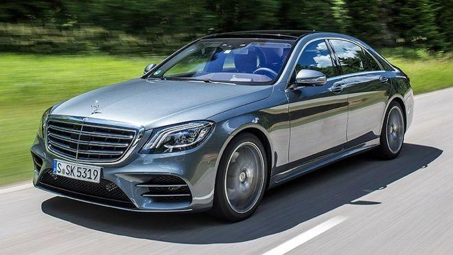 Для Порошенко купят два бронированных Mercedes S600 за 42,5 млн грн